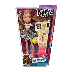 Bratz - Selfiesnaps doll - Yasmin