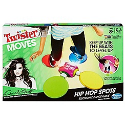 Hasbro Gaming - Twister moves hip hop spots electronic dance game