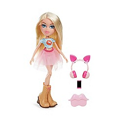 Bratz - Remix Doll- Cloe