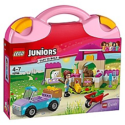 LEGO - LEGO Juniors - Mia's Farm Suitcase - 10746
