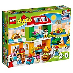 LEGO - Explore the Town Square for endless fun and play opportunities! 10836