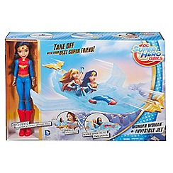 Mattel - Wonder Woman Action Doll with Invisible Jet