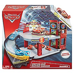 Disney Cars - Piston Cup Racing Garage