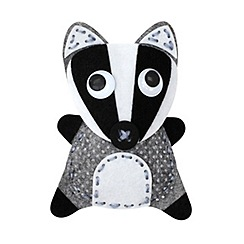 Creativity International - Barney Badger Sewing Kit