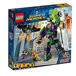 LEGO - 'DC Super Heroes - Lex Luthor™ Mech Takedown' set - 76097