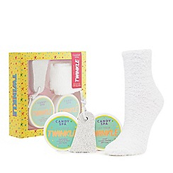 Candy Spa - Foot care and fluffy socks gift set
