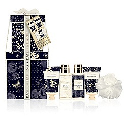 Baylis & Harding - Royal Bouquet Navy Small Stack
