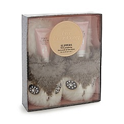 Aroma Home - Owl slippers and foot care gift box