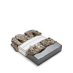 Intelex - Grey heatable slippers