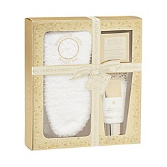 Baylis & Harding - Sweet Mandarin and Grapefruit Festive Feet Gift Set