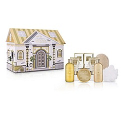 Baylis & Harding - Sweet Mandarin and Grapefruit Top to Toe House of Luxuries Gift Set