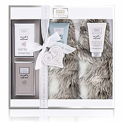 Baylis & Harding - La Maison Sea Salt and Wild Mint Luxury Slipper Set