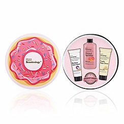 Baylis & Harding - Beauticology Donut Shop Tin of Treats gift set
