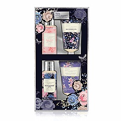 Baylis & Harding - Royale Bouquet Bathing Essentials Collection
