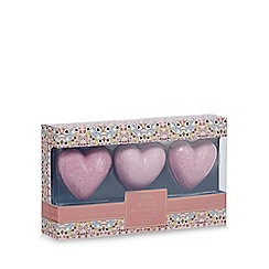 Mad Beauty - 'Alice' heart bath fizzers