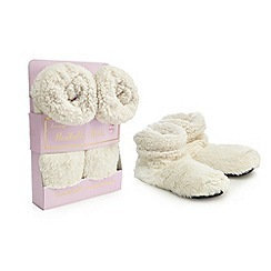 Oh So Lovely - Cream heatable scented slipper boots