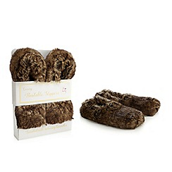 Oh So Lovely - Brown heatable scented slippers