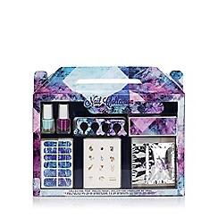 Debenhams - Wonderland gift box