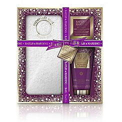 Baylis & Harding - Wild Blackberry and Apple Festive Feet Gift Set