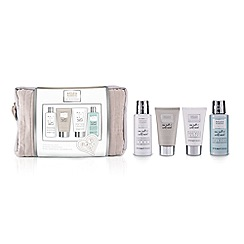 Baylis & Harding - La Maison Sea Salt and Wild Mint Luxury Wash Bag Gift Set