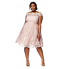 Chi Chi London - Pink 'Liviah' plus size lace dress