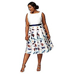 Chi Chi London - White 'Omari' floral print plus size dress