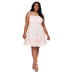 Chi Chi London - Light pink 'Zana' plus size dress