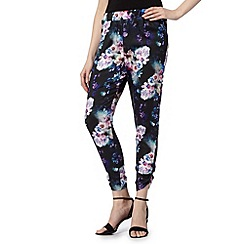 Lipsy - Black tropical floral print satin jogger trousers