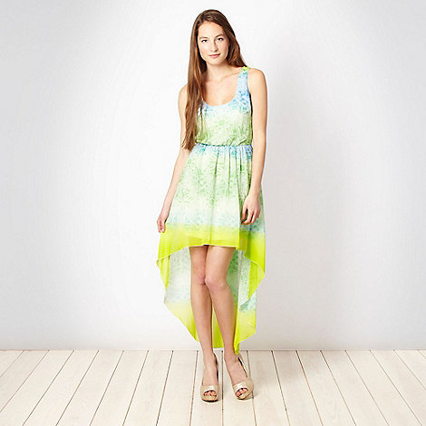 Lipsy - Green floral dip hem dress