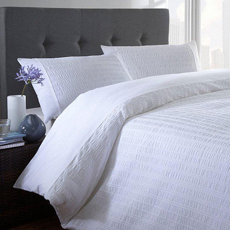 Home Collection Basics - White +Seersucker+ bed linen