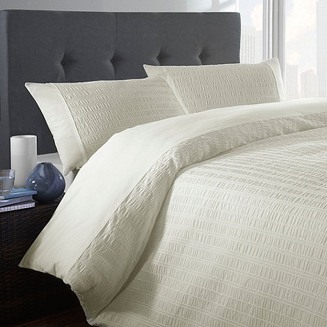 Home Collection Basics - Cream +Seersucker+ bed linen