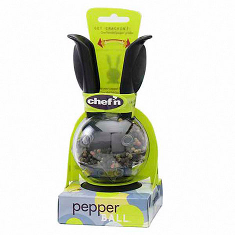 Chef+n - Polycarbonate plastic mini magnetic pepper mill