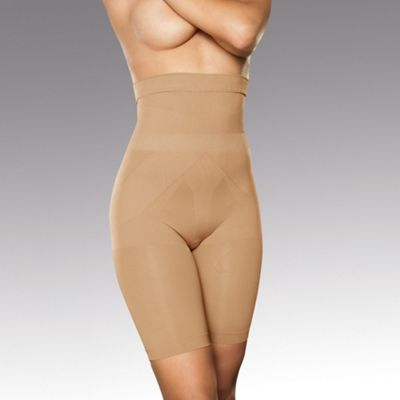 Magic bum, tum & thigh shapewear shorts