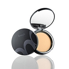 Benefit - Get even shine & discolouration corrector