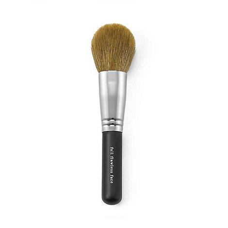 bareMinerals - Full flawless face brush