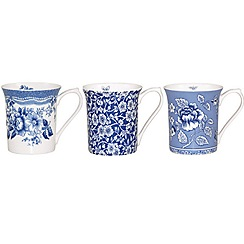 Queens by Churchill - Queen's blue story mug