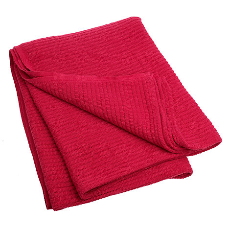 Home Collection - Red ribbed throw