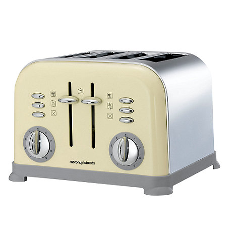 Morphy Richards - Cream four slice toaster