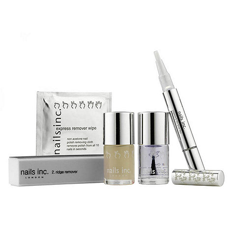 Nails Inc. - Very dry and damaged nails treatment gift set