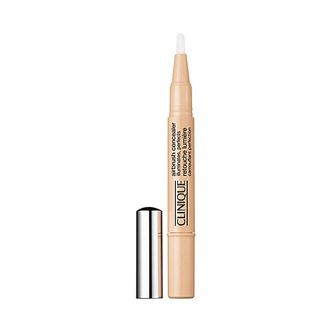 Clinique - Airbrush Concealer All Skin Types 1.5ml