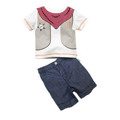 White cowboy t-shirt and shorts
