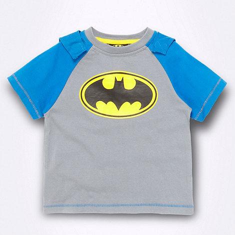 Batman - Baby+s grey Batman t-shirt with cape
