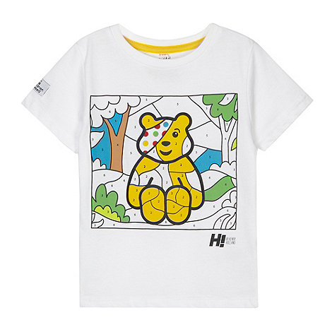 BBC Children In Need - Designer boy+s white paint by numbers Pudsey t-shirt