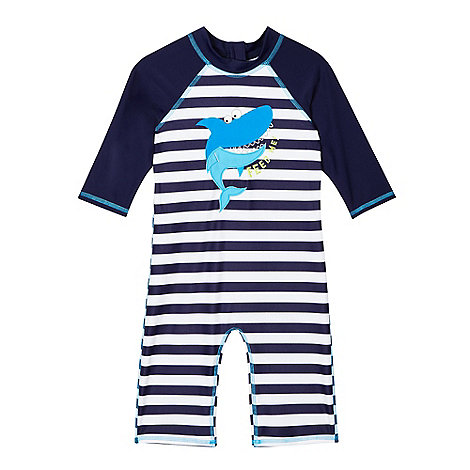 Make Matalan your one stop shop for kid's holiday clothes this season. Choose from summer dresses, swimming costumes, t-shirts & shorts.