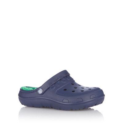 Boy´s navy faux fur lined crocs. - . -