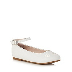 Mantaray - Girls' white floral cut-out slip-on shoes