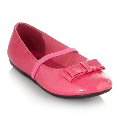 Girl's pink patent bow shoes