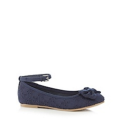 Mantaray - Girls' navy Broderie Anglaise applique bow shoes