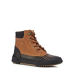 Mantaray - Boys' tan and navy mock lace up duck boots