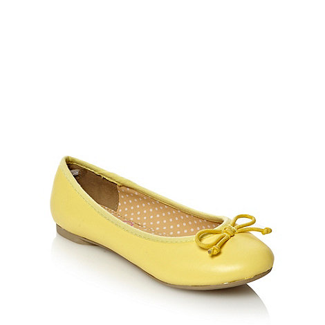 bluezoo - Girl+s pale yellow ballet pumps with bow trim